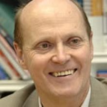 Thumbnail photo of Dr David Dunn