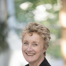 Thumbnail photo of Ms Joanne Payne