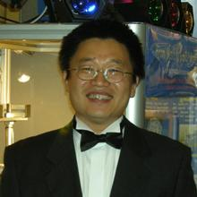 Thumbnail photo of Professor Shoufeng Yang
