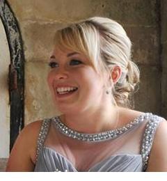 Mrs Victoria Hooper