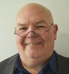 Dr Alan Rae