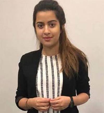 Naimal (Mia) Nadeem's Photo